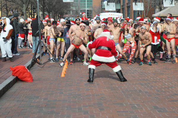 Santa Speedo Dash for Diabetes start line